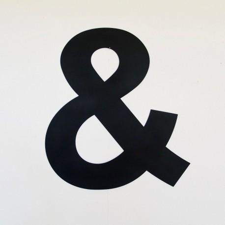 Esperluette, ampersand : lettre déco en métal laqué mat black